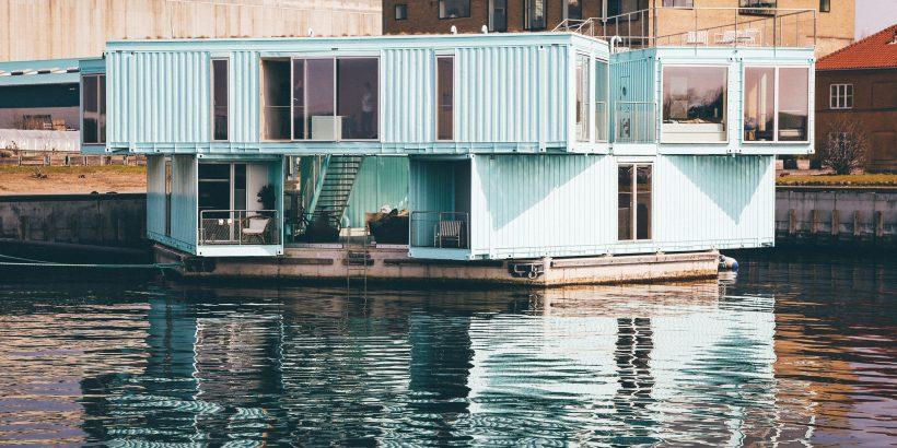 Conteneurs maritimes transformés en une maison