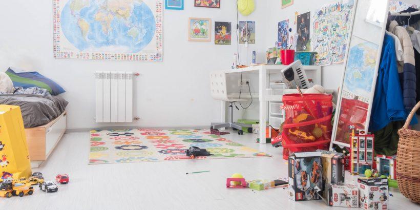 Un chambre d'enfants rangée