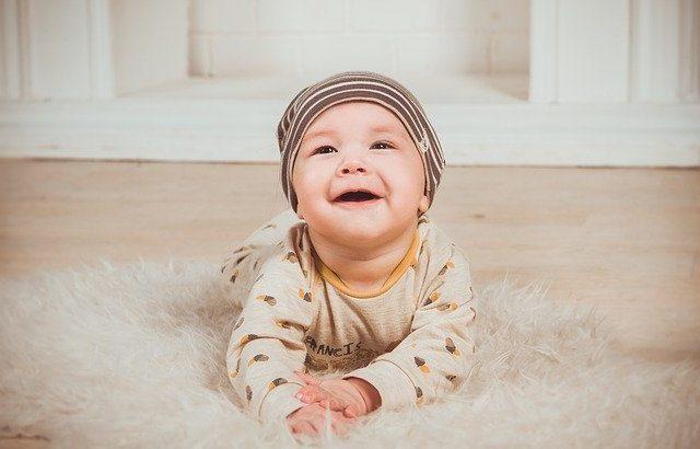 bébé crèche